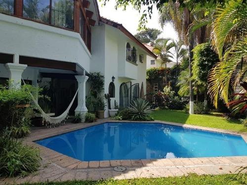 preciosa casa en venta en vista hermosa cuernavaca