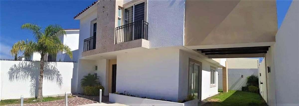 preciosa casa en venta la vista residencial privada seguridad jardines vista