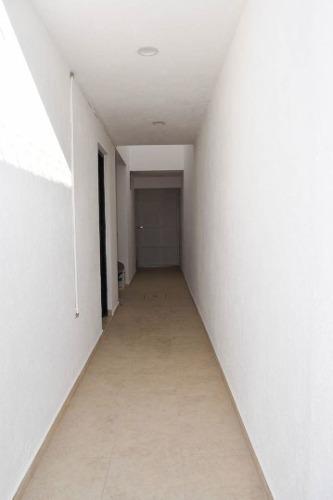 preciosa casa en zibatá, roof garden, pasillo lateral, 3 recamaras, 5 baños..