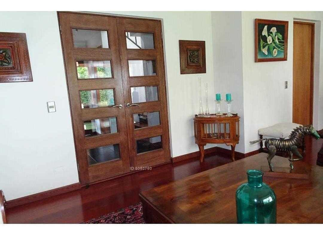 preciosa casa impecable excelente ubicación!!cerro pintor