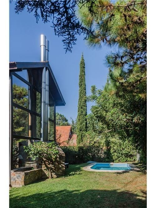 preciosa casa jardines de carrasco alquiler