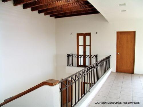 preciosa casa seminueva, muy amplia y con atractivo precio