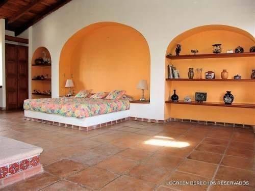 preciosa casa tipo hacienda en la exclusiva sección fincas