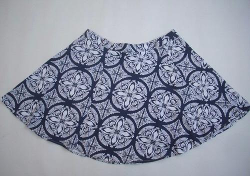 preciosa falda  mujer (blanco/azul marino).