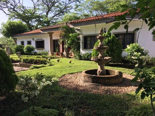 preciosa quinta estilo colonial