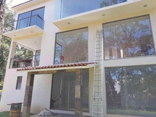 preciosa residencia en venta en condado de sayavedra