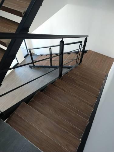 preciosa residencia en zibatá, roof garden, doble altura, 3 recamaras, 3 niveles