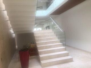 preciosa residencia moderna en venta en fracc. milenio iii qro. mex.