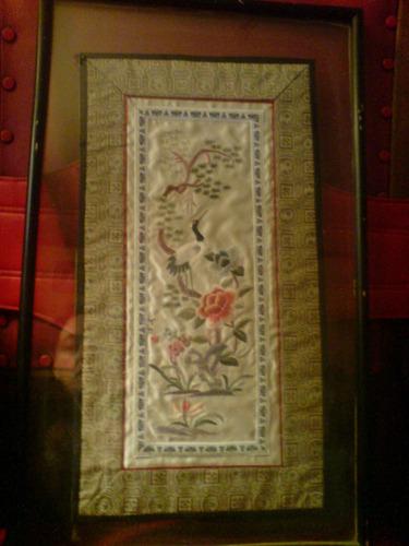 precioso cuadro bordado en seda