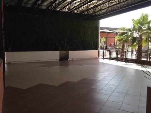 precioso local comercial en plaza cantera cinco