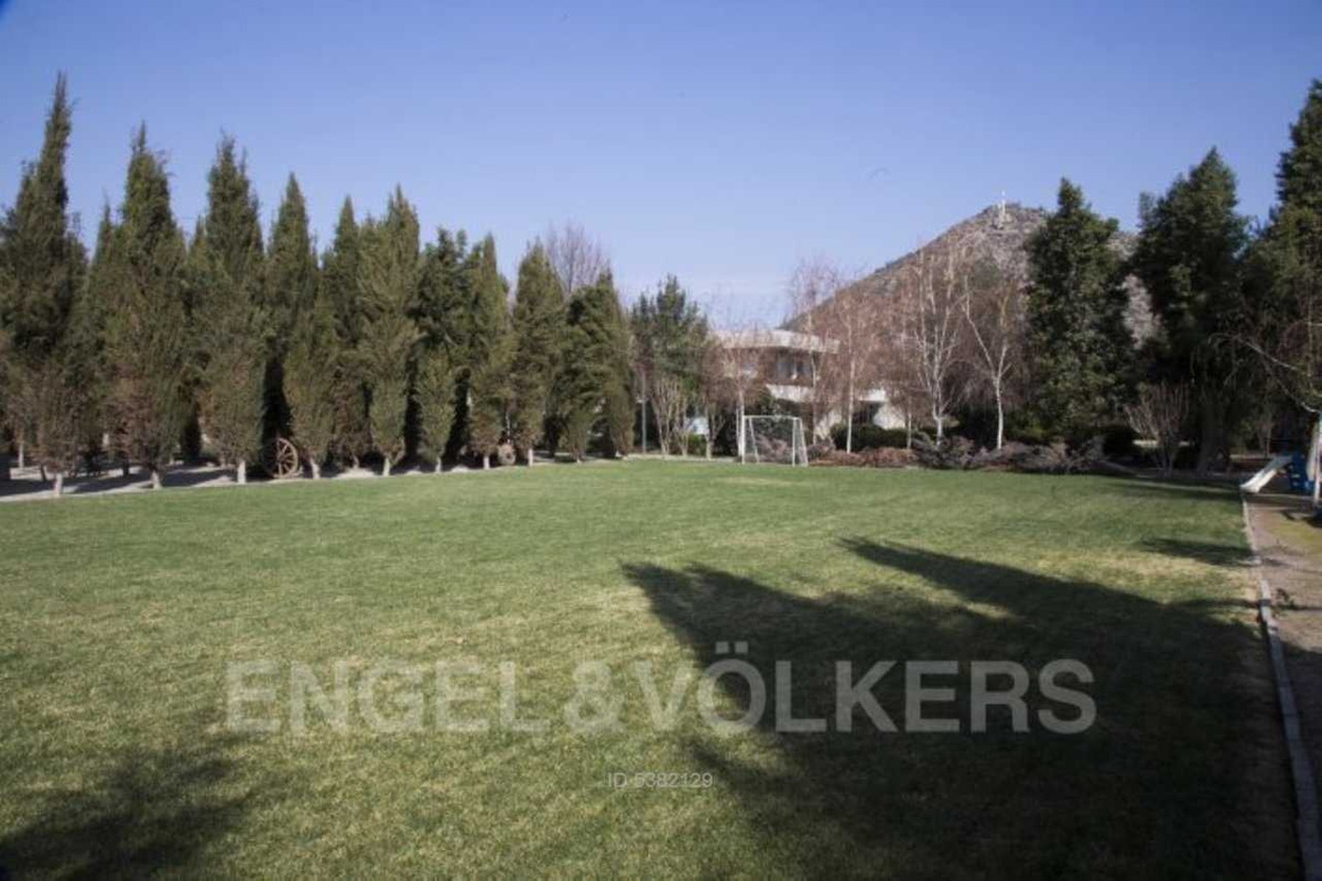 precioso parque totalmente formado con d