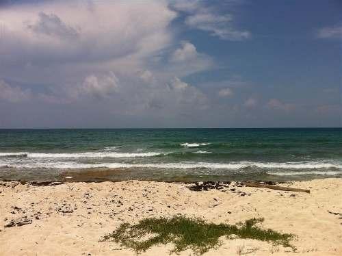 precioso terreno con playa en venta en puerto morelos p222