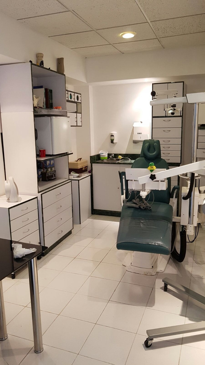 precioso y céntrico consultorio dental compartido