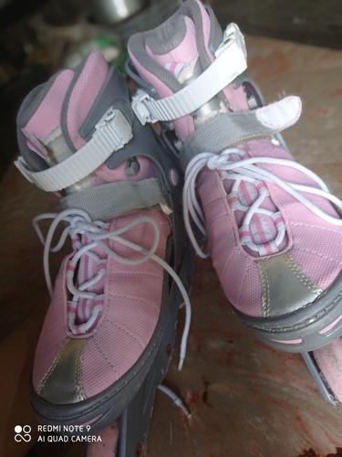 preciosos patines para mujeres.