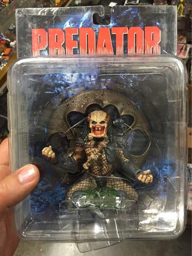 predator sin máscara sota toys