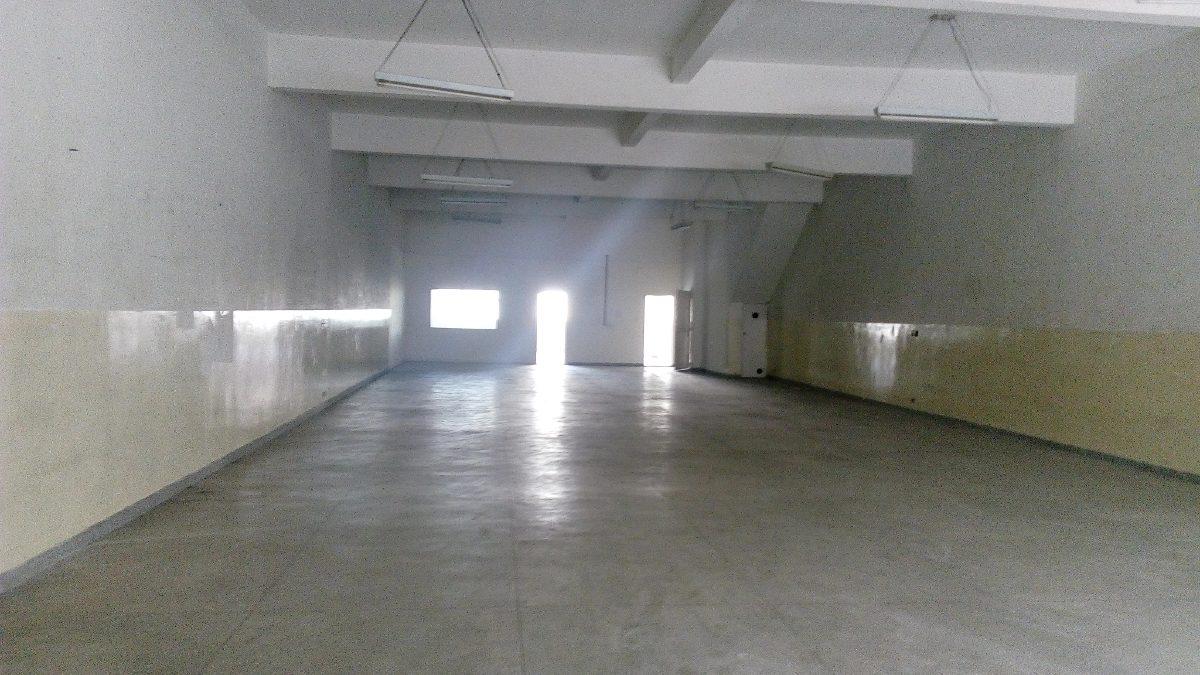 prédio comercia com loja no brás
