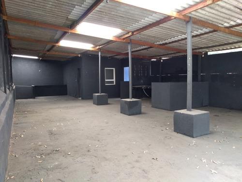 prédio comercial com 02 escritórios