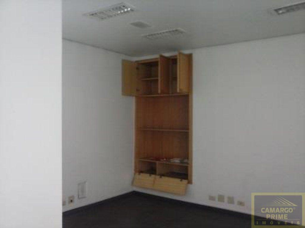 prédio comercial composto por três pavimentos com 07 salas e 02 vagas - eb69558