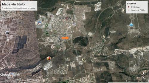 predio comercial de 920m2 en el refugio sobre junipero serra