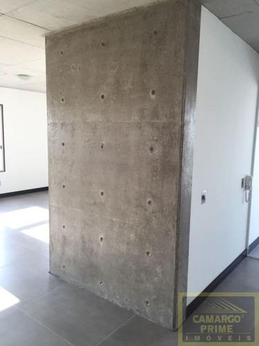 prédio novo, em andar alto. valor do condomínio baixo.  - eb82841