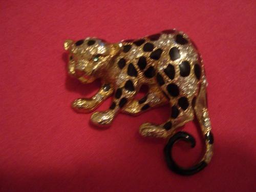prendedor broche craft leopardo con esmeraldinas y circones