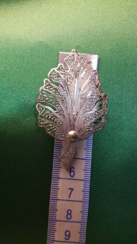 prendedor pin broche figura árbol de  filigrana plata 9.50