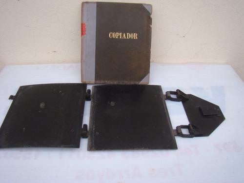 prensa de encuadernar antigua