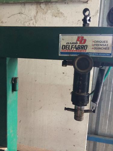prensa hidraulica taller delfabro 15tn 2 column buen estado