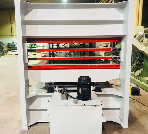 prensa platos calientes 3000x1600 maquinaria para la madera