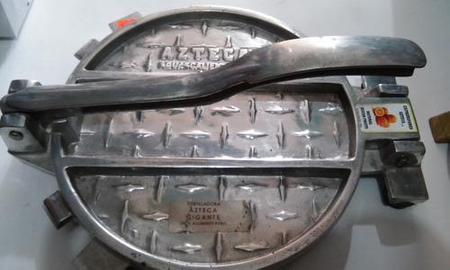 prensa  tortilladora  manual gigante huarachera  de 27cm.