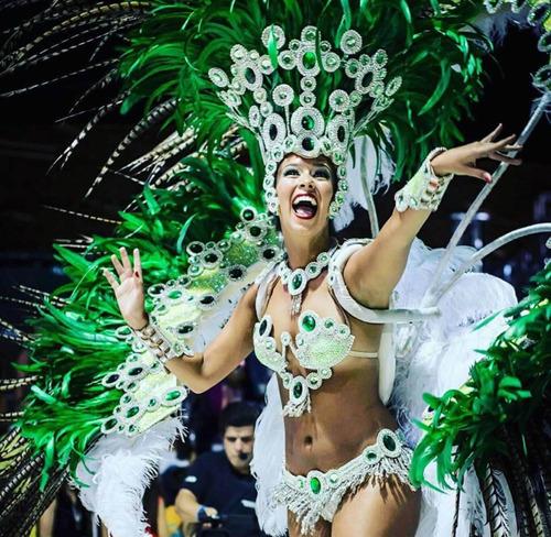 presentaciones de samba y danza arabe