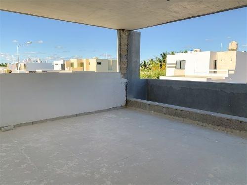 preventa de casa ubicada en privada avenida conkal