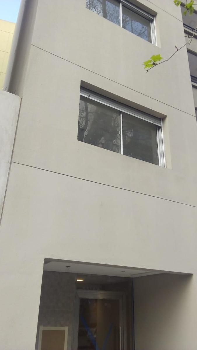 preventa  semipiso de  3 ambientes , liniers con balcón