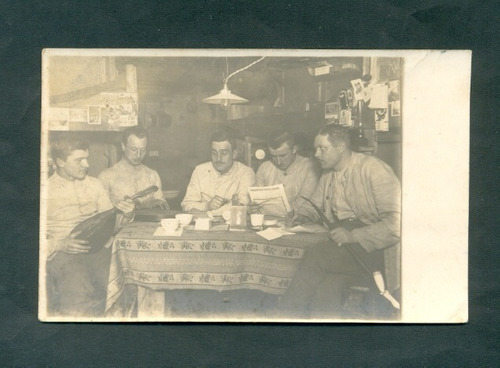 primera guerra  . antigua tarjeta postal .