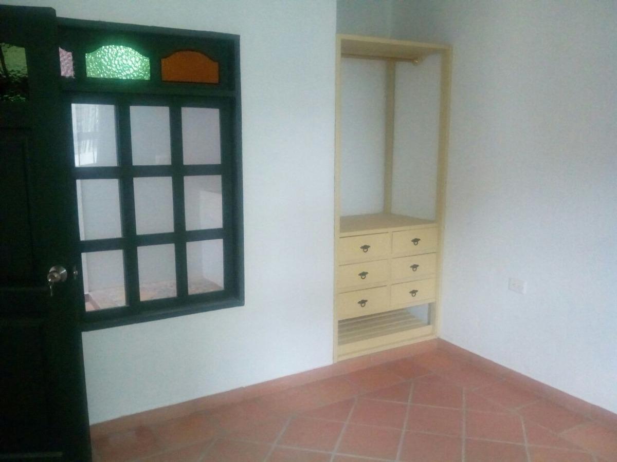 primera planta, condominio multifamiliar,  mirador de la sie