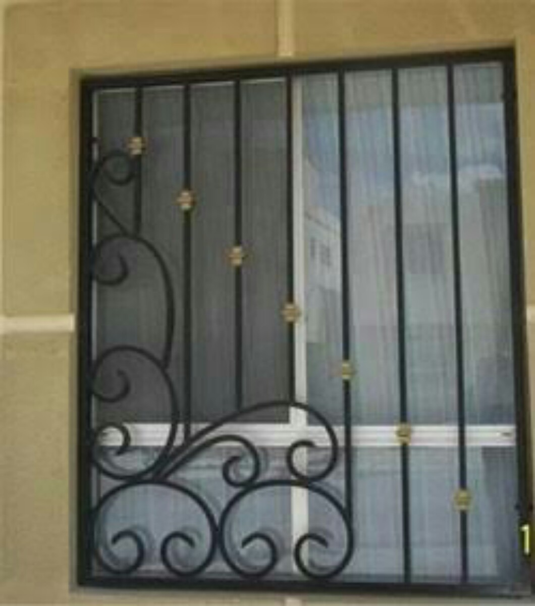 Pritecciones de herreria 1 en mercado libre for Imagenes de puertas de herreria modernas