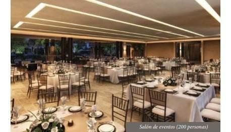 privada compostela, con exclusiva casa club, cerca del country.   50% vendido!