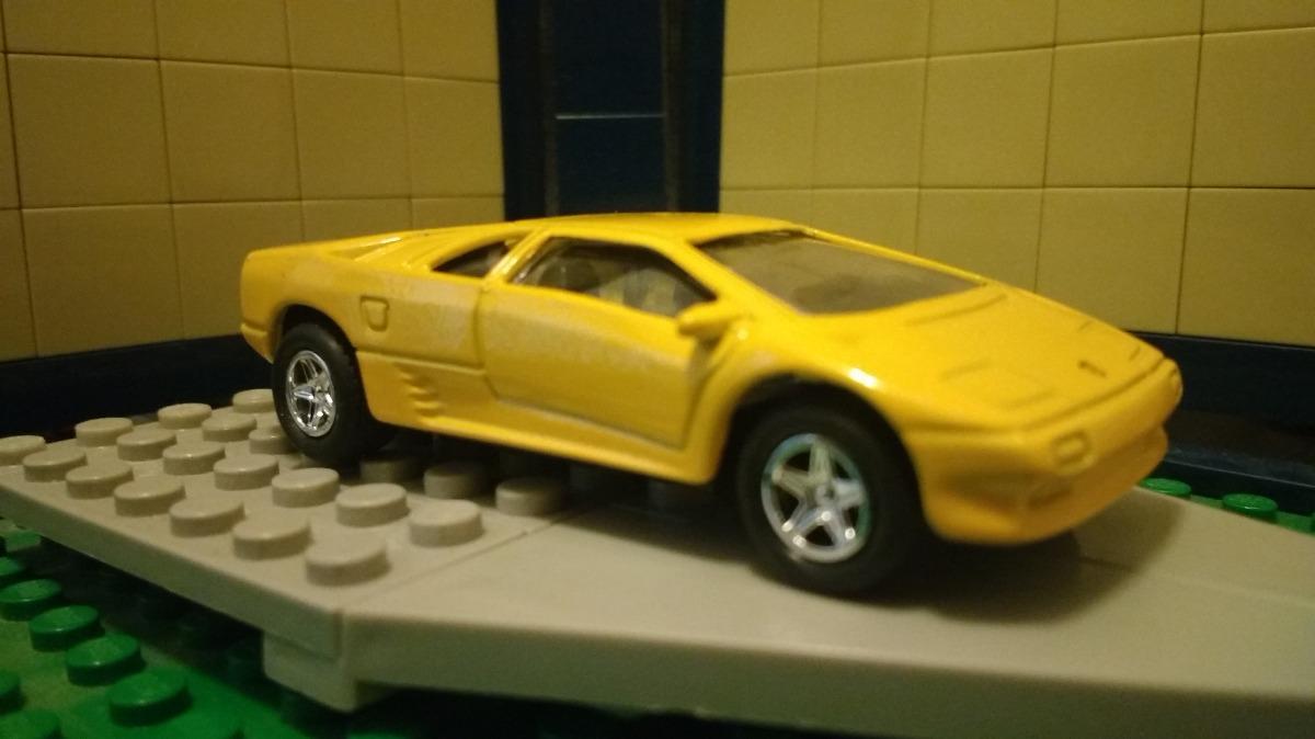 Priviet Lamborghini Diablo Amarillo Welly Hw 149 00 En Mercado Libre
