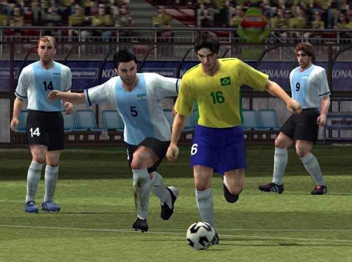 Pro Evolution Soccer 4 Pc  Leer - $ 69,99
