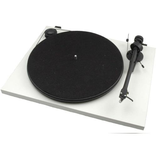 pro-ject essential ii toca discos cápsula om5e gar. 1 ano