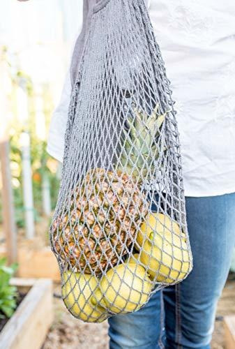 produce mesh bags, beeswax food storage wraps, grocery shop