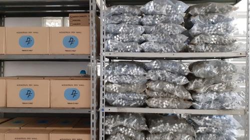 produção de acessório para drywall