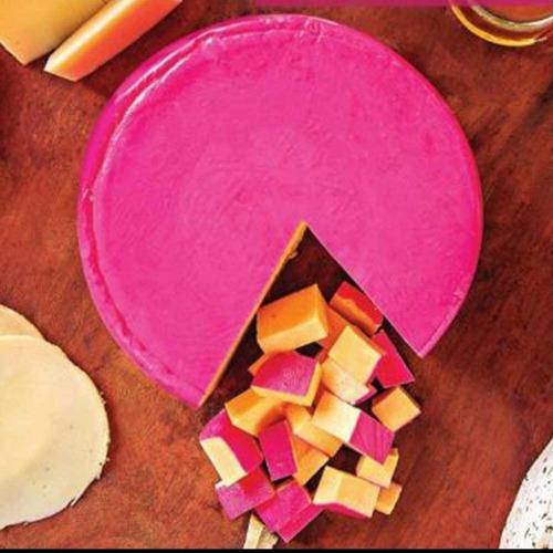 produtos de minas, queijos, salames, cachaças, doces.