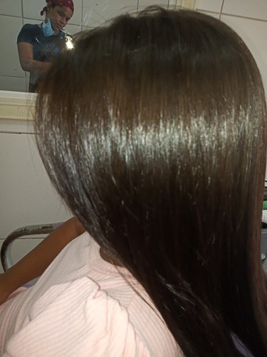 progressiva que alisa qualquer tipo de cabelo