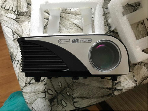projetor betec 1.600 lumens full hd bt830