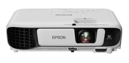 projetor epson s41+ ideal para salas de reuniões, salas de aulas, apresentações