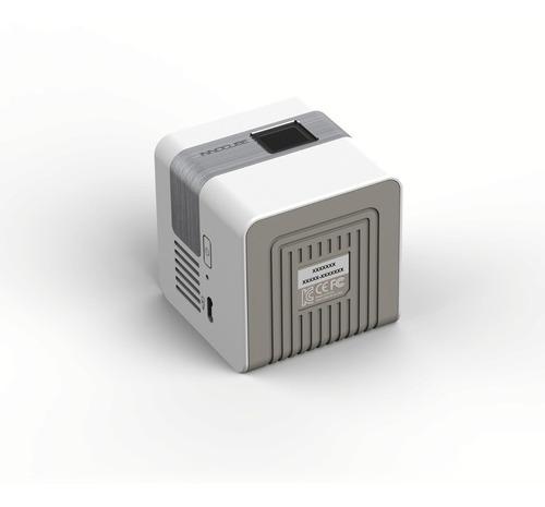 projetor inteligente innoio  com kit adaptador iphone e ipad