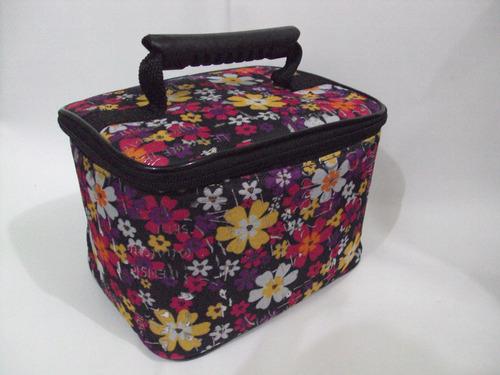 promoção - bolsa térmica p/ dietas discreta preta flores só.