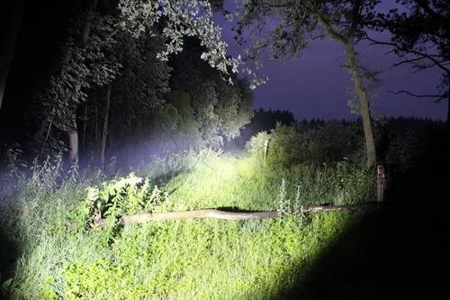promoção lanterna tatica recarregavel cree led police