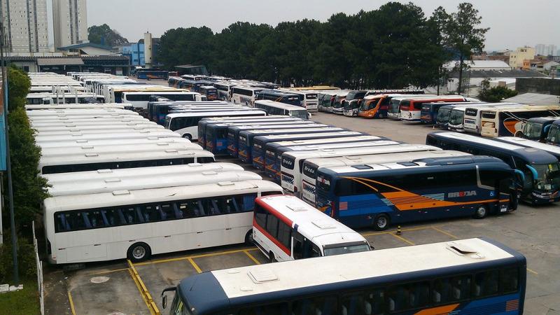 promoção!!! ônibus rodoviário mb of1418 comil versatile